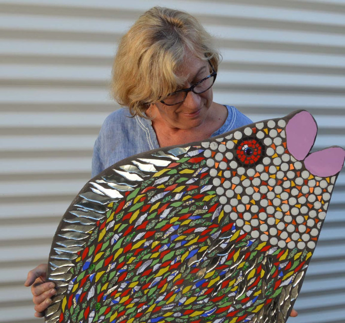 Heather Fahnle with her mosaic 'Pink Lips' - the Art Trail prize.